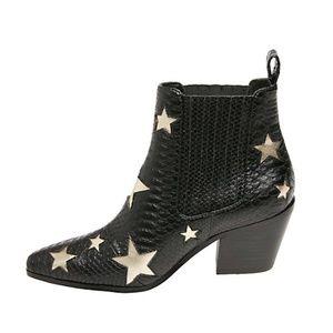 Betsey Johnson Shoes   Betsey Johnson
